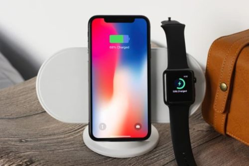 Plux: Charge Your New Apple Devices Simultaneously