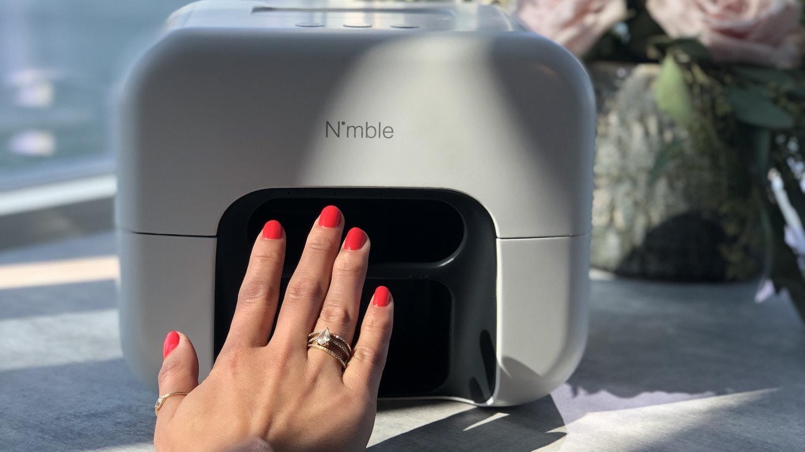 Nimble At-Home Nail Painter